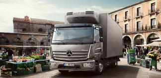 L'Atego Mercedes-Benz en ramassage-distribution