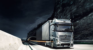 L'Actros Mercedes-Benz pour le transport long-courrier